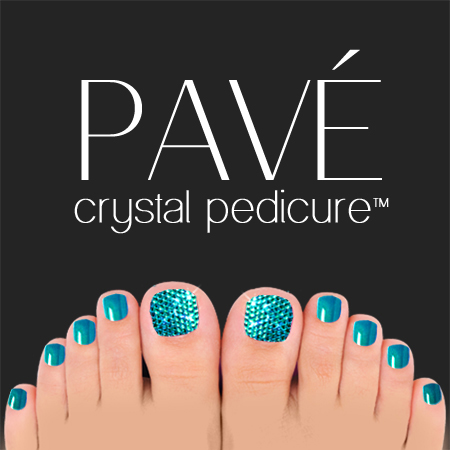 Pavé-Crystal-Pedicure-Blue-Zircon