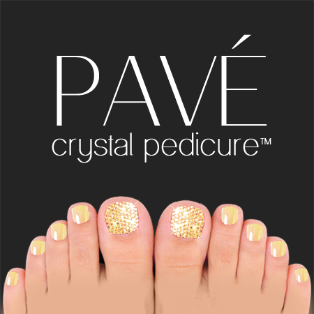 Pavé-Crystal-Pedicure-Light-Co-Topaz