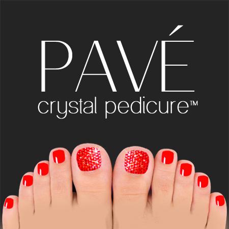 Pavé-Crystal-Pedicure-Light-Siam
